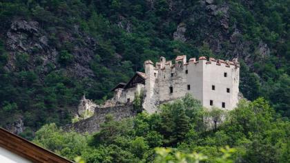 Die Burg Obermontani.