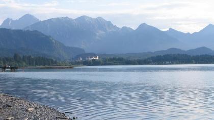 Blick über den Forggensee nach Füssen.