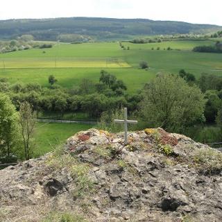 Kleines Gipfelkreuz bei Arloff