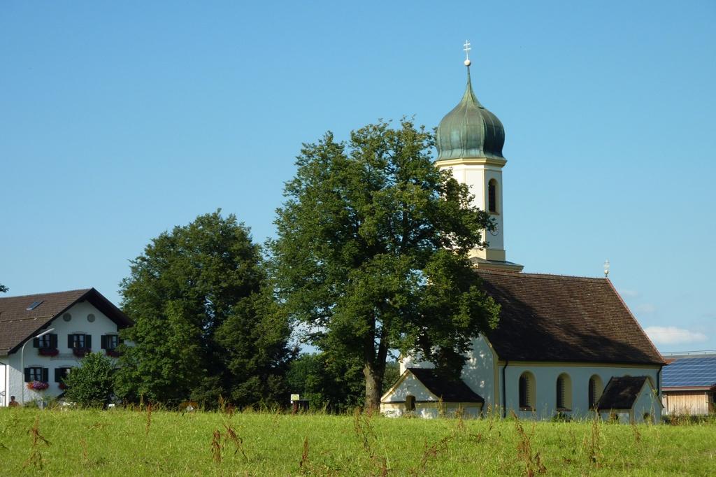 St. Leonhard Froschhausen