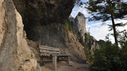 Am höchsten Punkt der Wanderung angekommen genießen wir einen herrlichen Ausblick auf die Umgebung