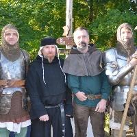 Ritter und Knappen auf der Tannenburg