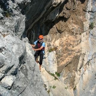 In der Querung der vorletzten Seillänge (August 2008)