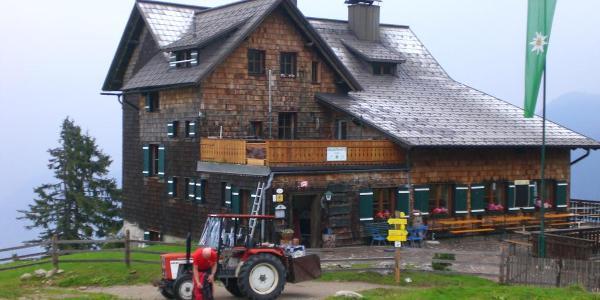 Gablonzer Hütte (1550m)