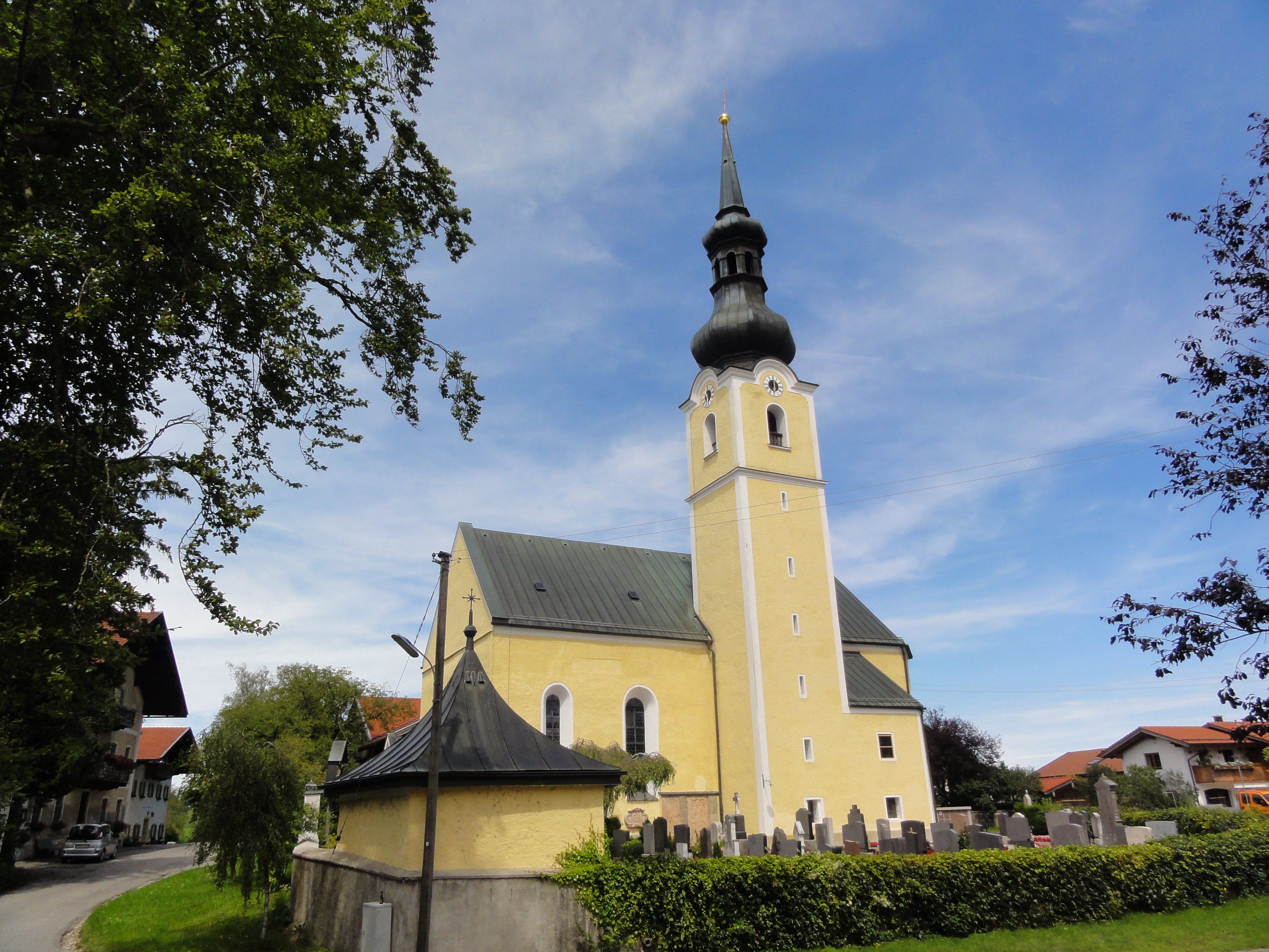Ehemalige Wallfahrts- und Filialkirche Heilig Blut in Umrathshausen