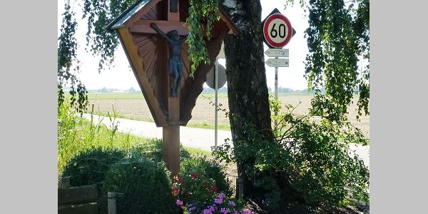 Wegkreuz bei Niederding