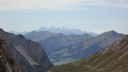 Blick vom Fürggele auf den Weiterweg und die Alpsteingruppe