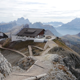 Lagazuoi Hütte