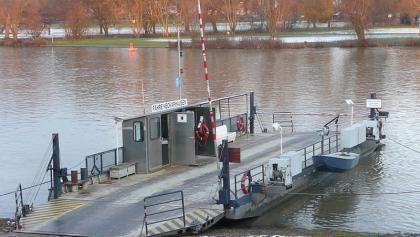 Fähre in Neckarhausen