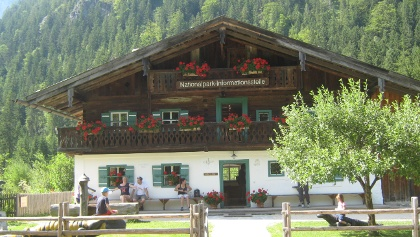 Die Nationalpark-Informationsstelle Hintersee im Klausbachhaus.