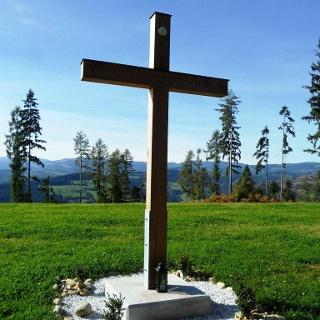 Pilgerkreuz in Hochtregist