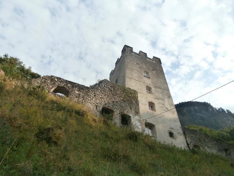 Wandern von Flintsbach aus -  Auf die Ruine Falkenstein