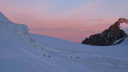 Morgenstimmung auf Sktiour in der Bernina