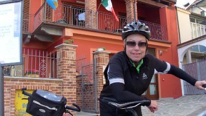 Vor dem Restaurant Rosina in Novello
