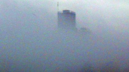 Turmberg im Nebel