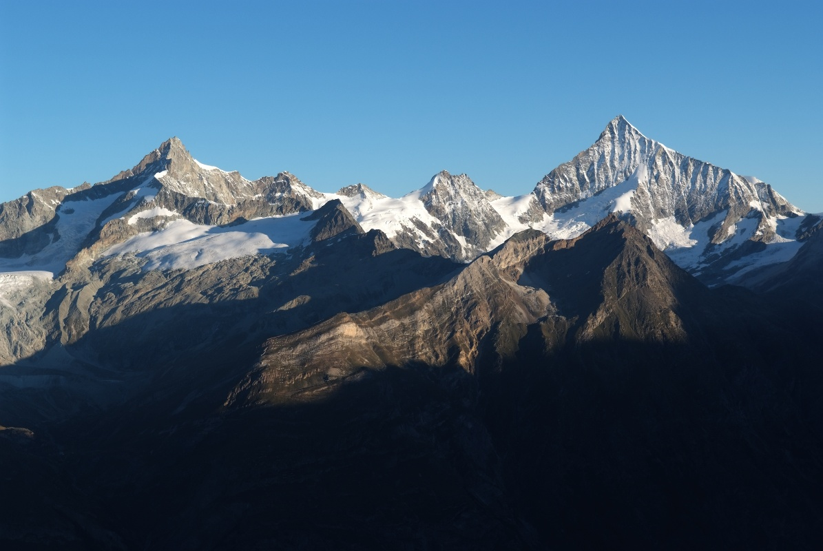 View of Zinalrothorn and Weisshorn