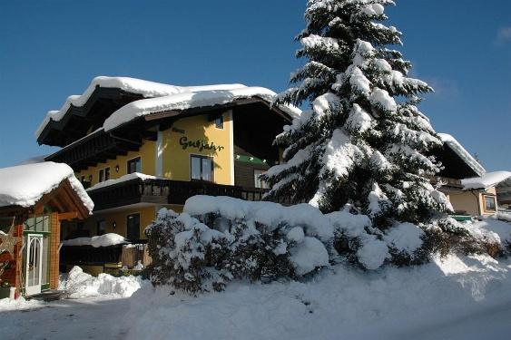 Winter Ansicht Hotel Gutjahr