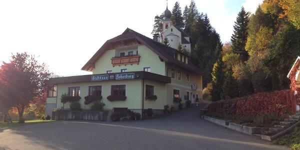 Gasthaus Hohenburg mit Wallfahrtskirche Maria in Hohenburg