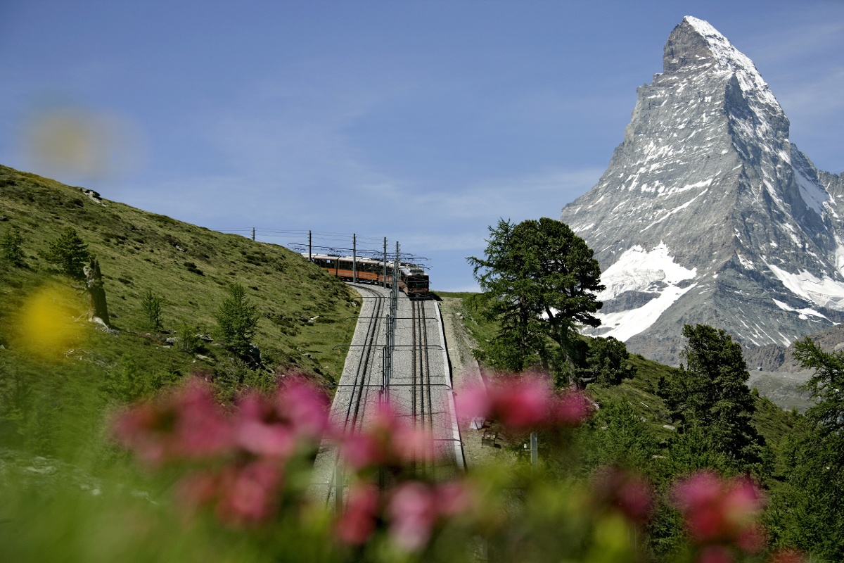 Gornergrat Bahn cog railway with the Matterhorn (4,478 m) in the background