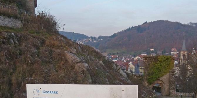Geologischer Rundgang Lindenfels - Infotafel Burg Lindenfels