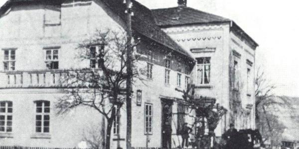 Post 1901