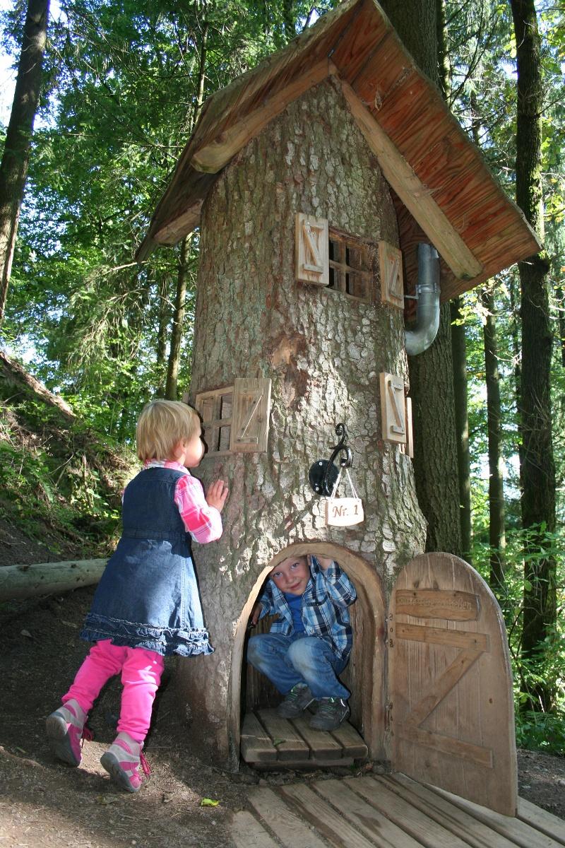 "Naturerlebnispfad Oberharmersbach ""Hademar Waldwichtel"""