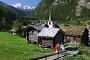 Randonnée à Randa, avec vue sur le Petit Cervin (3'883 m) et le Breithorn (4'164 m)
