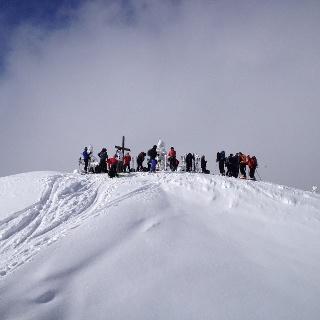 Gipfel Gscheideggkogel an manchen Tagen gut besucht
