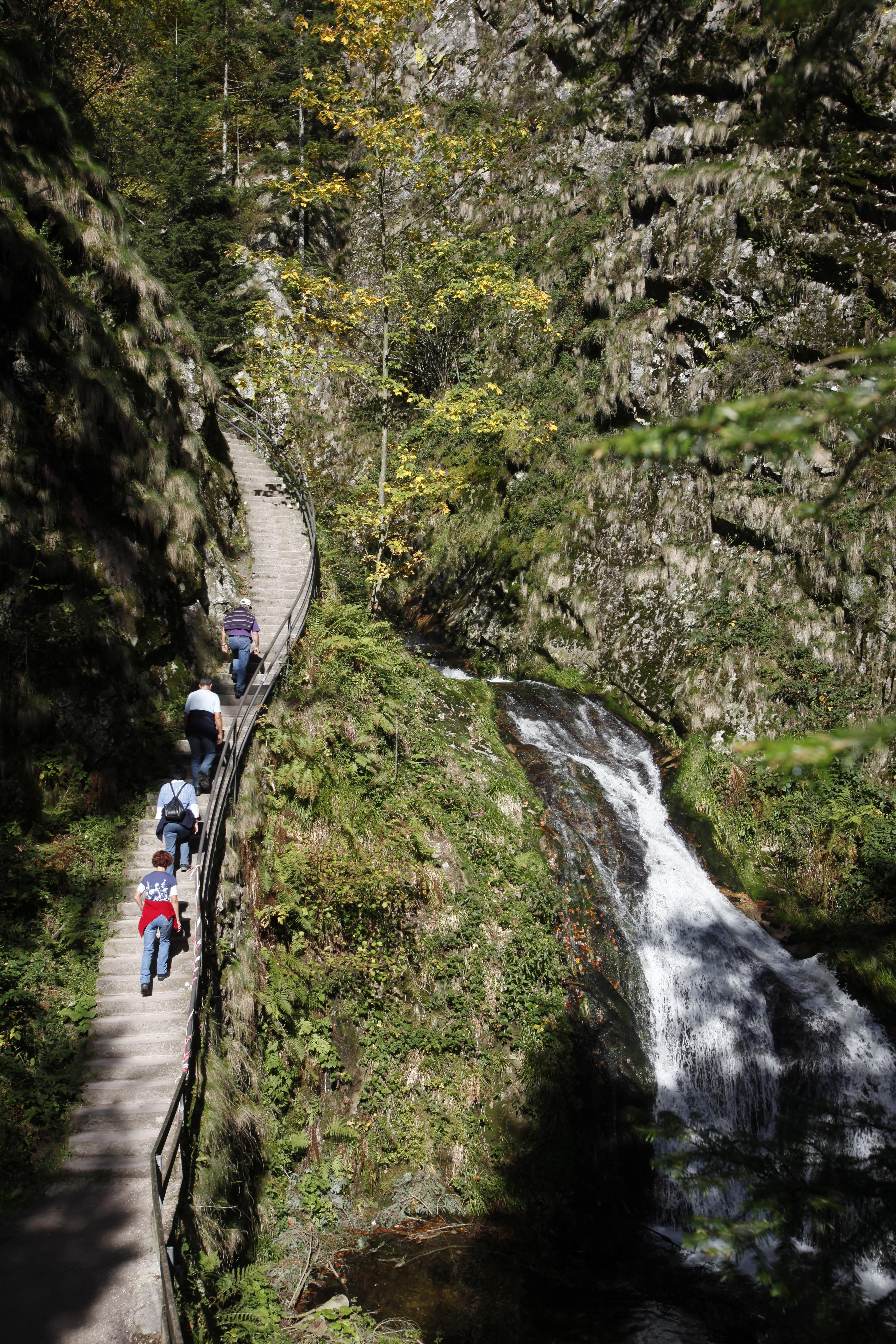 Aufstieg an den Allerheiligen Wasserfällen