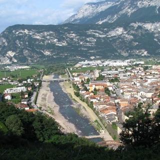 SAT 472 San Lazzaro - Boschi Val Larghe. A destra Lavis, a sinistra le prime propaggini di Trento.