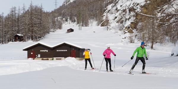 Ski de fond à Randa – passage près du camping Attermenzen