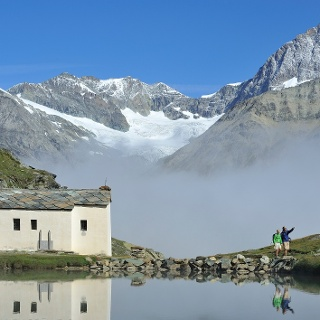 """Past the Schwarzsee lake and the """"Maria zum Schnee"""" chapel"""