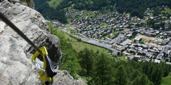 Klettersteig Schweifinen über den Dächern von Zermatt