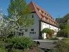 """Übernachten Sie im """"Alten Marstall"""", der mit 14 mittelalterlichen Kemenaten mit echten Wikingerbetten eingerichtet ist.   - © Quelle: Burg Guttenberg"""