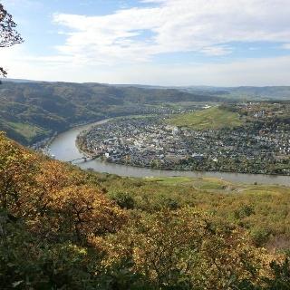 Blick auf Bernkastel vom Aussichtspunkt Maria Zill