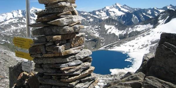 Zillerplattenscharte mit Blick zum Eissee