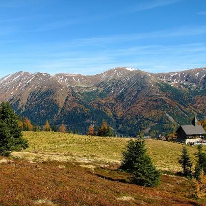 Lorettokircherl & Berge