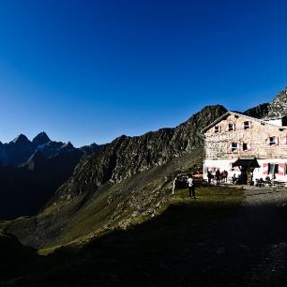 Bergerlebnis Innsbrucker Hütte