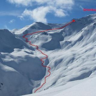 Der Weg durch das Muldengelände auf unseren Grionkopf, 2896 m