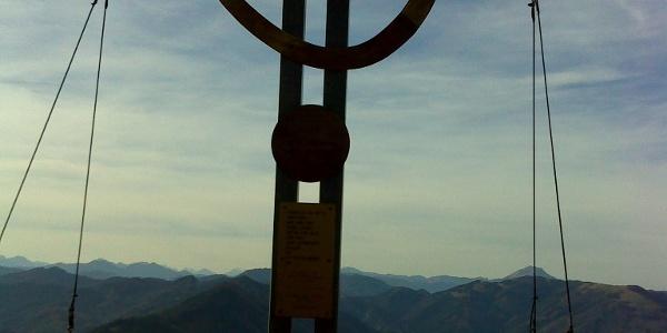 Paulmauer - Gipfelkreuz