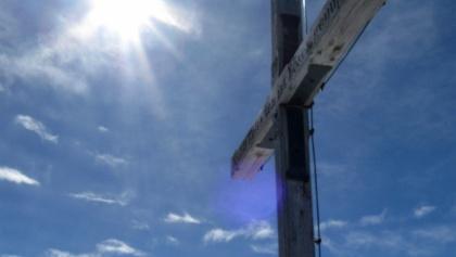 Das Gipfelkreuz des Rosskopfes