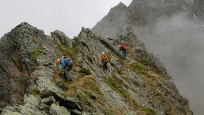 Am Klettersteig am unteren Westgrat des Puitkogels, wenig oberhalb der Kleinbärenzinne