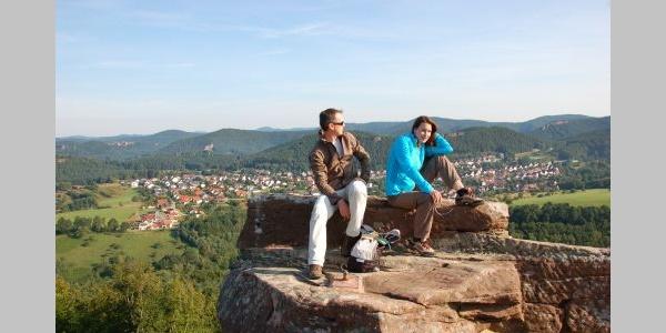 Auf Burg Drachenfels