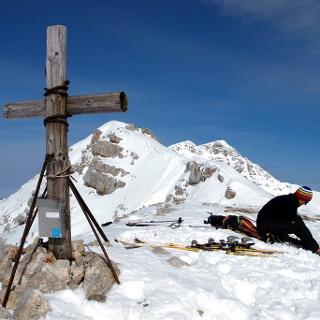 Kreuz Rossarsch 2005 m mit Südwestgrat zum Warscheneck