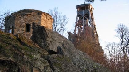 """Aussichtsturm """"Spitzer Stein"""" am Höhenweg"""