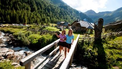 """Holzwelttour """"Wanderlust und Jausnbrettl"""""""