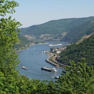 Faszinierender Blick vom Prinzenkopf in das Rheintal bei Assmannshausen