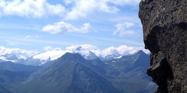 Ruthnerhorn 3358 m im Süden