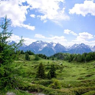 Hoch über Ftan: Piz Clünas – Alp Laret