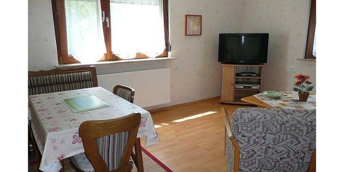 ferienwohnung hofmeister ferienwohnung. Black Bedroom Furniture Sets. Home Design Ideas